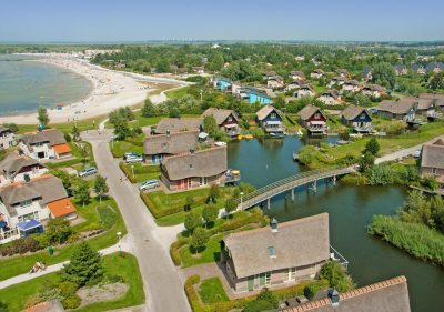 Beach Resort Makkum Bungalows